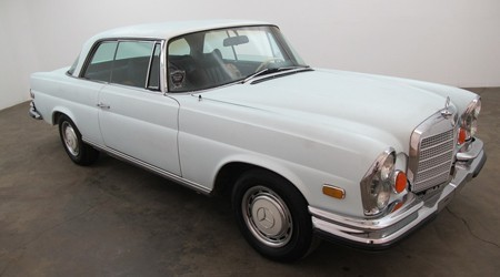 1970 Mercedes Benz 280SE Low Grille