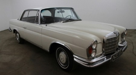 1970 Mercedes Benz 280SE Coupe